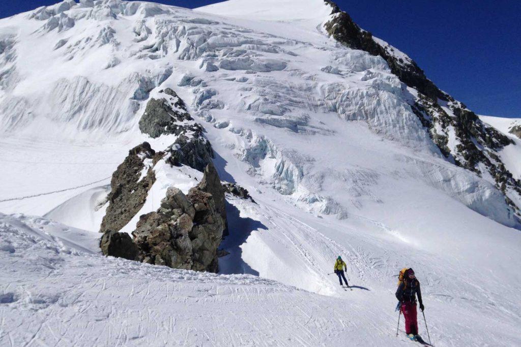 Haute-Route-Chamonix-Zermatt---Ankunft-an-der-Vignettes-Hütte