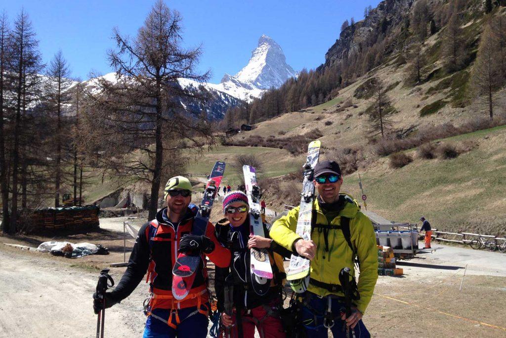 Haute-Route-Chamonix-Zermatt---Ankunft-in-Zermatt-mit-Matterhorn-im-Hintergrund