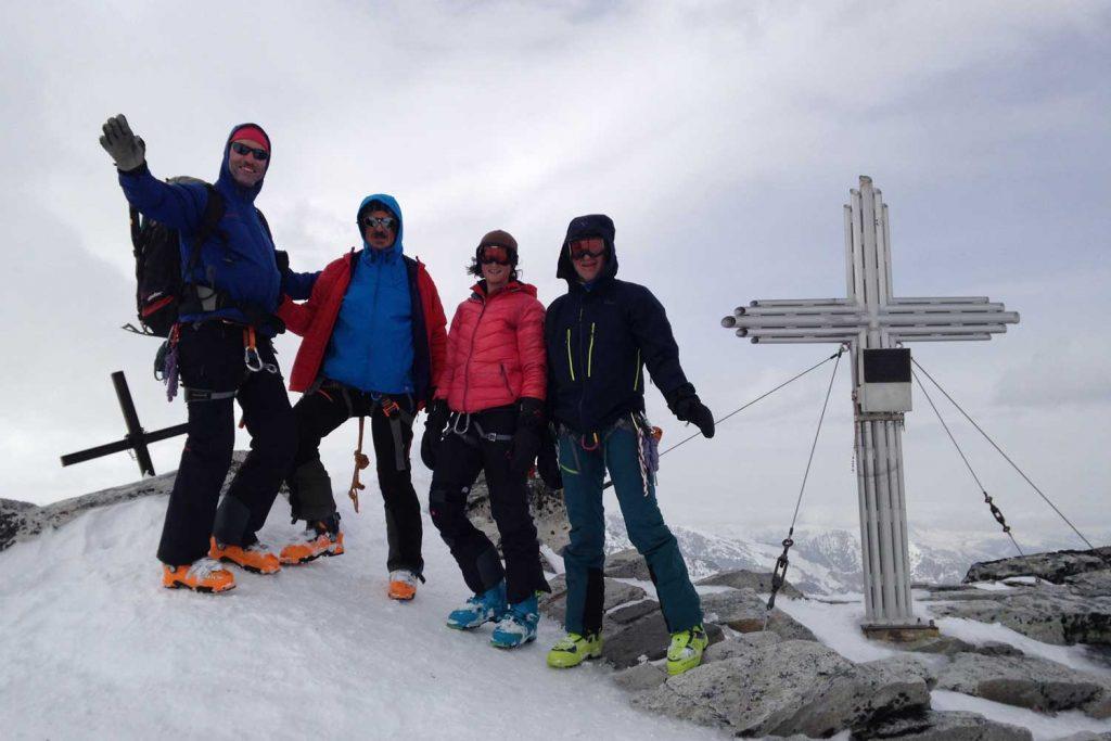 Skiroute-Hoch-Tirol---Stubacher-Sonnblick-Gipfel