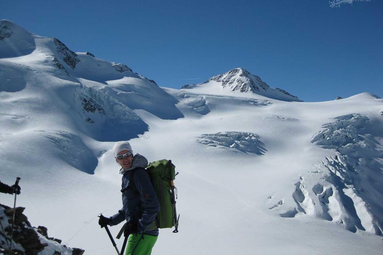 Skitour-Ötztaler-Wildspitz---Am-Mittelbergjoch