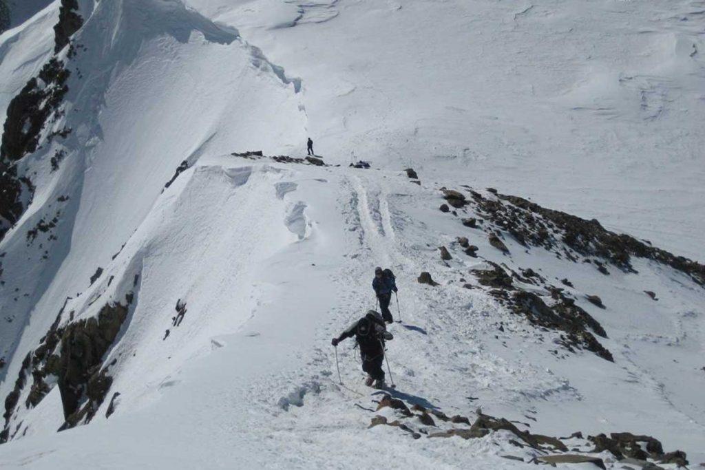 Skitour-Ötztaler-Wildspitz---Aufstieg-am-Gifpelgrat