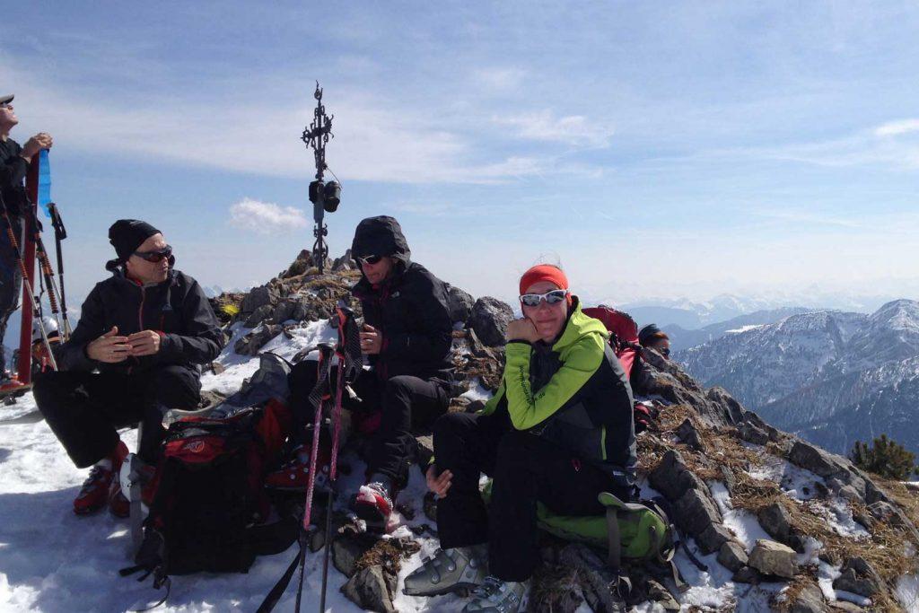 Skitour-für-Einsteiger-im-Spitzingseegebiet---Gipfel-Auerspitz