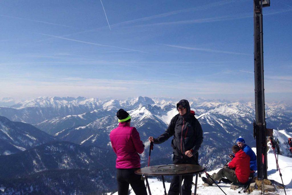 Skitour-für-Einsteiger-im-Spitzingseegebiet---Rotwand-Gipfel