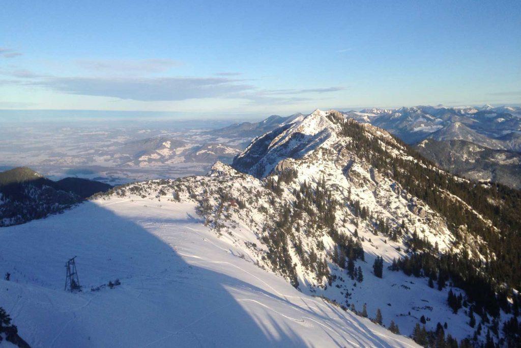 Skitour-für-Einsteiger-im-Wendelsteingebiet---Blick-zum-Wildalpjoch