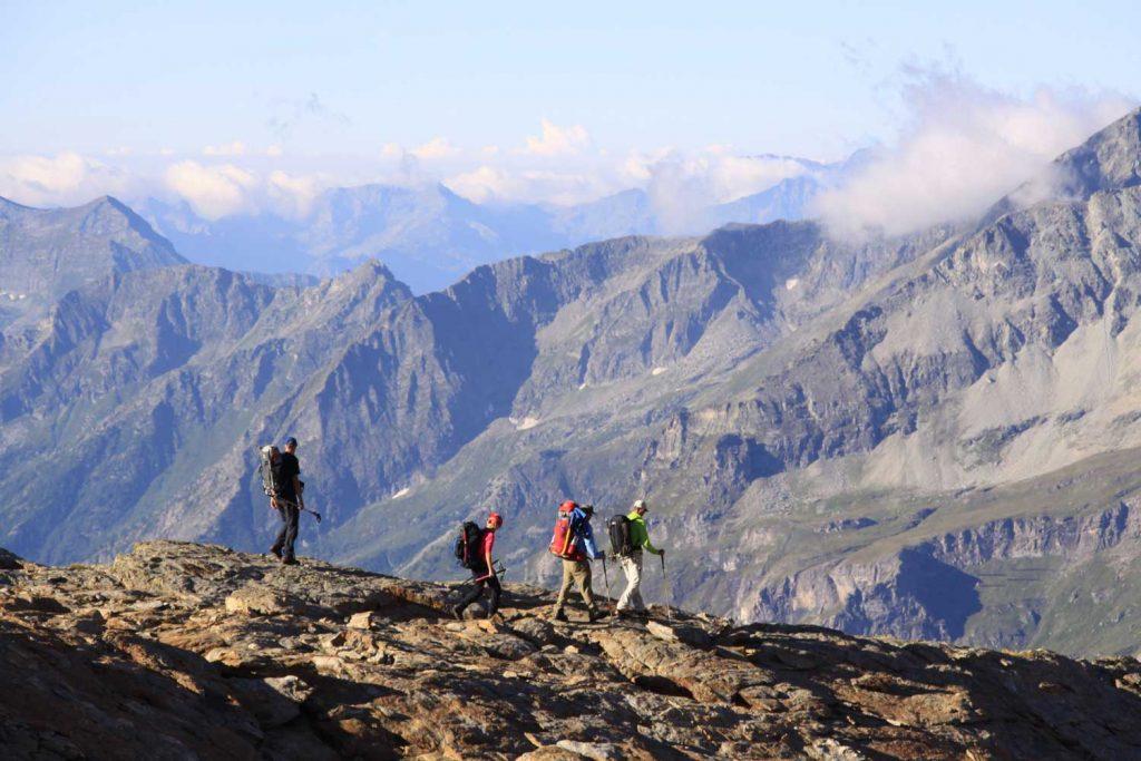 4000er im Wallis Monte Rosa Abstieg Rifugio Mantova