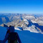 4000er-im-Wallis-Monte-Rosa---Abstieg-vom-Gran-Paradiso-Blick-Richtung-Süden
