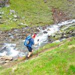 Auf-dem-Stubaier-Höhenweg-zum-Habicht---Querung-eines-Gebirgsbaches