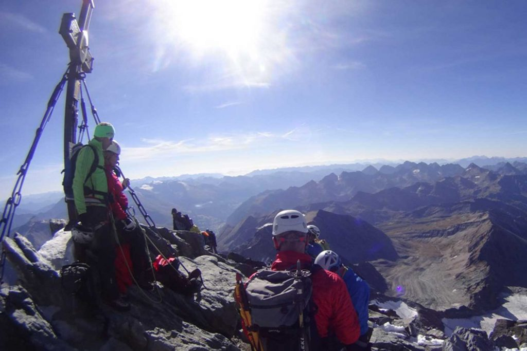 Großglockner-über-den-Stüdlgrat-am-Gipfel