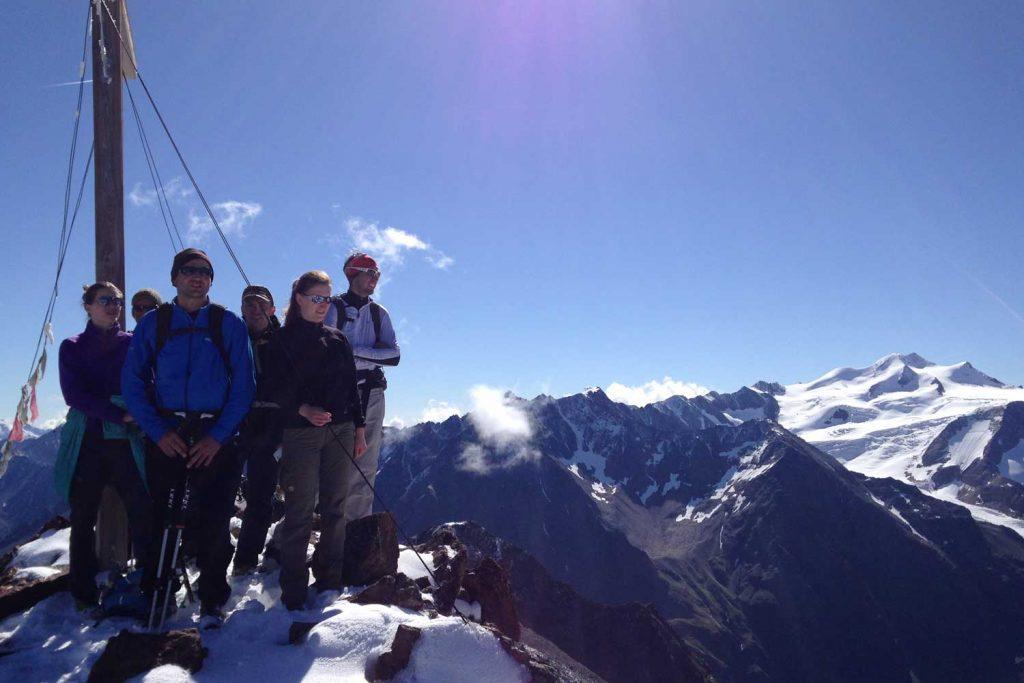 Hochtourenkurs-für-Fortgeschrittene-am-Gipfel-Wurmtaler-Kopf