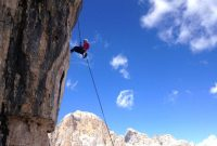 Klettern-in-den-Dolomiten---Abseilen-Torre-Grande