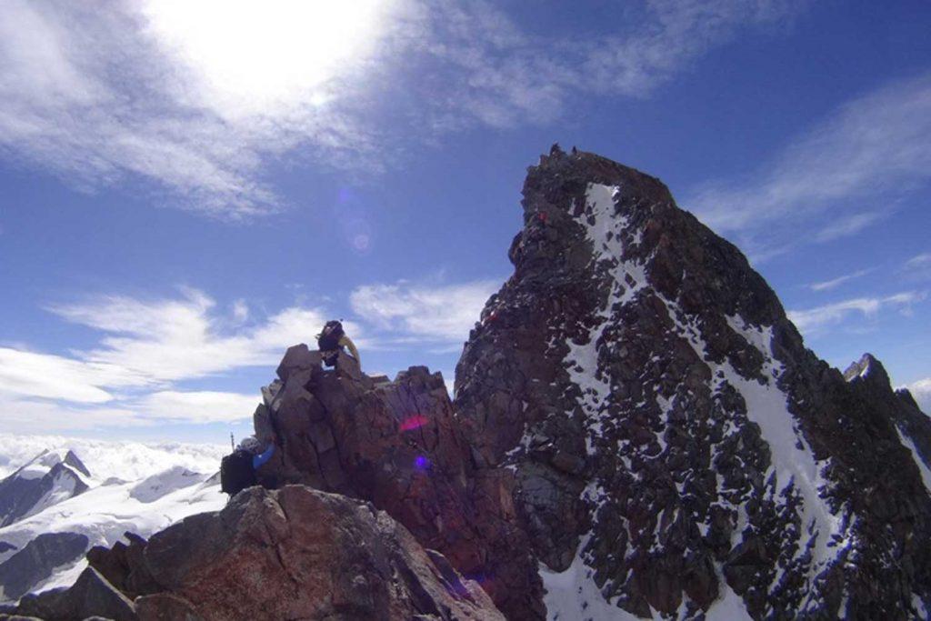 Piz Bernina mit Biancograt Felsgrat zum Piz Bernina