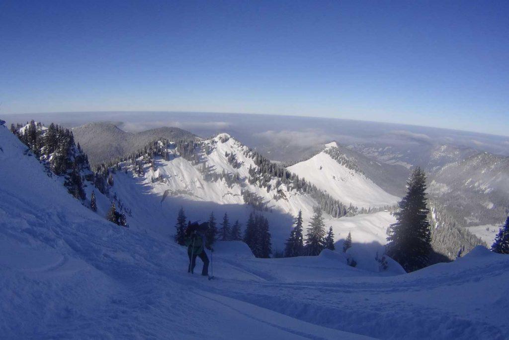 Schneeschuhtour-zum-Sonntagshorn---Schneeschuhwanderer