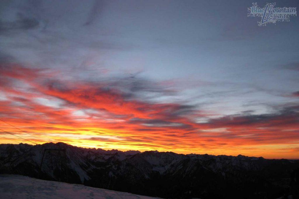 Sonnenauf--und-Sonnenuntergangstour---Sonnenuntergang-auf-der-Hochries