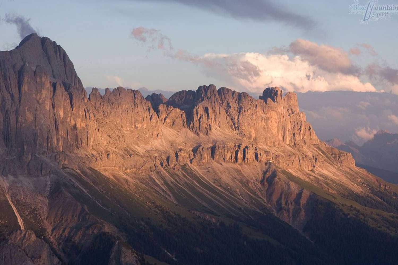 Wandern-auf-einfache-3000er-in-Südtirol---Dolomitgestein
