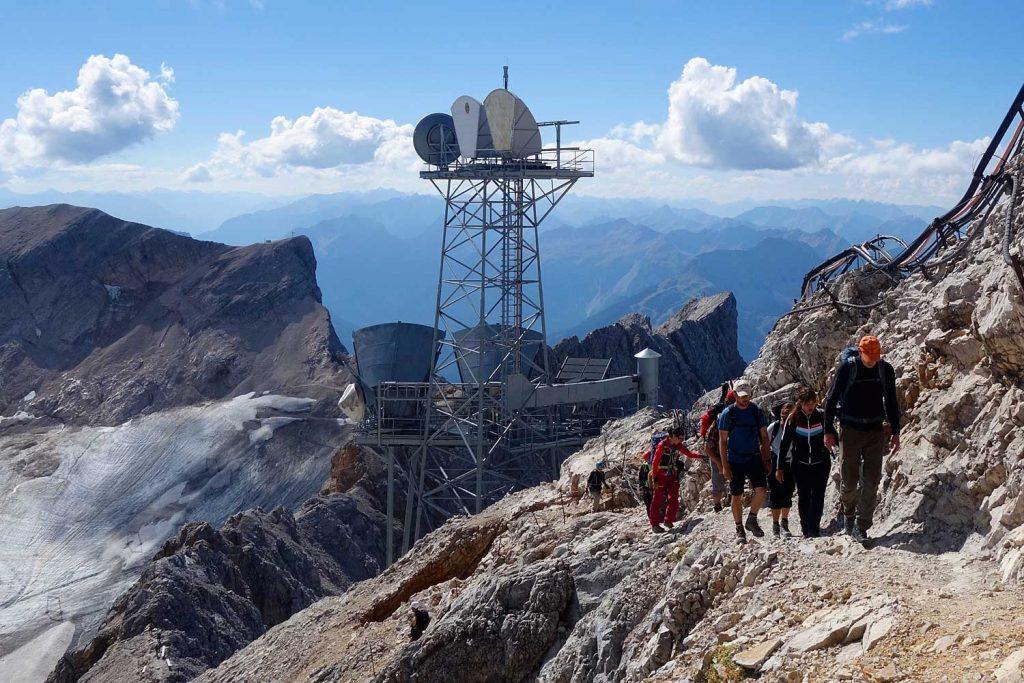 Wanderung-Ehrwalder-Alm-Gatterl-Zugspitze---Am-letzten-Anstieg-zur-Zugspitze