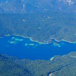 Wanderung-Ehrwalder-Alm-Gatterl-Zugspitze---Blick-zum-Eibsee
