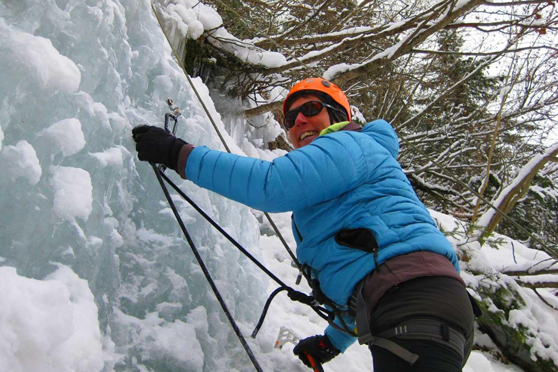Eiskletterkurs-für-Einsteiger---Richtiges-Klippen