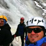 Eiskletterkurs-für-Fortgeschrittene---Spaß-beim-Klettern