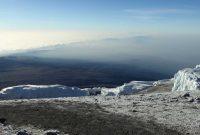 Kilimanjaro---Eisfeld