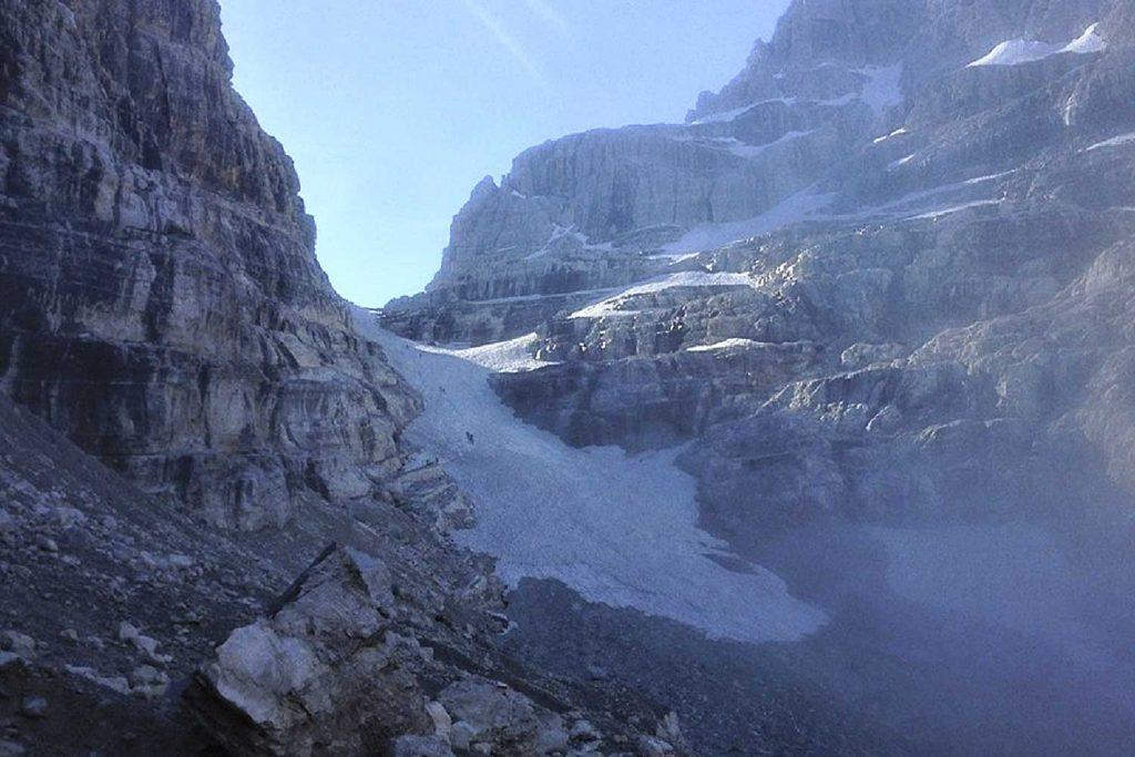 Klettersteige-Brenta-bei-aufziehendem-Nebel
