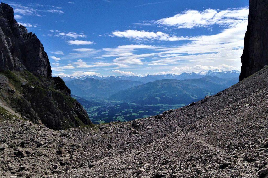 Klettersteige-im-Kaisergebirge---Zahm-und-Wild---Am-Ellmauer-Tor