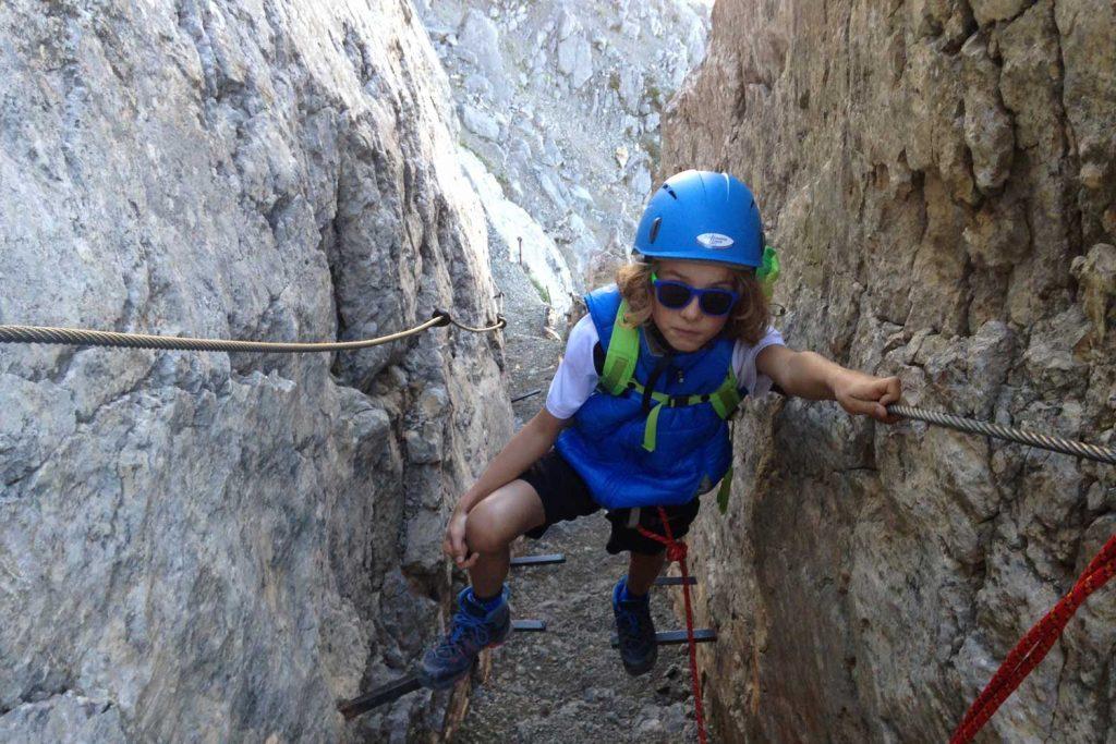 Mittenwalder-Klettersteig---Eisensproßen-Aufstieg