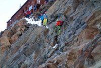 4000er-im-Wallis-Monte-Rosa---Abstieg-Fixseile-Rifugio-Gnifetti