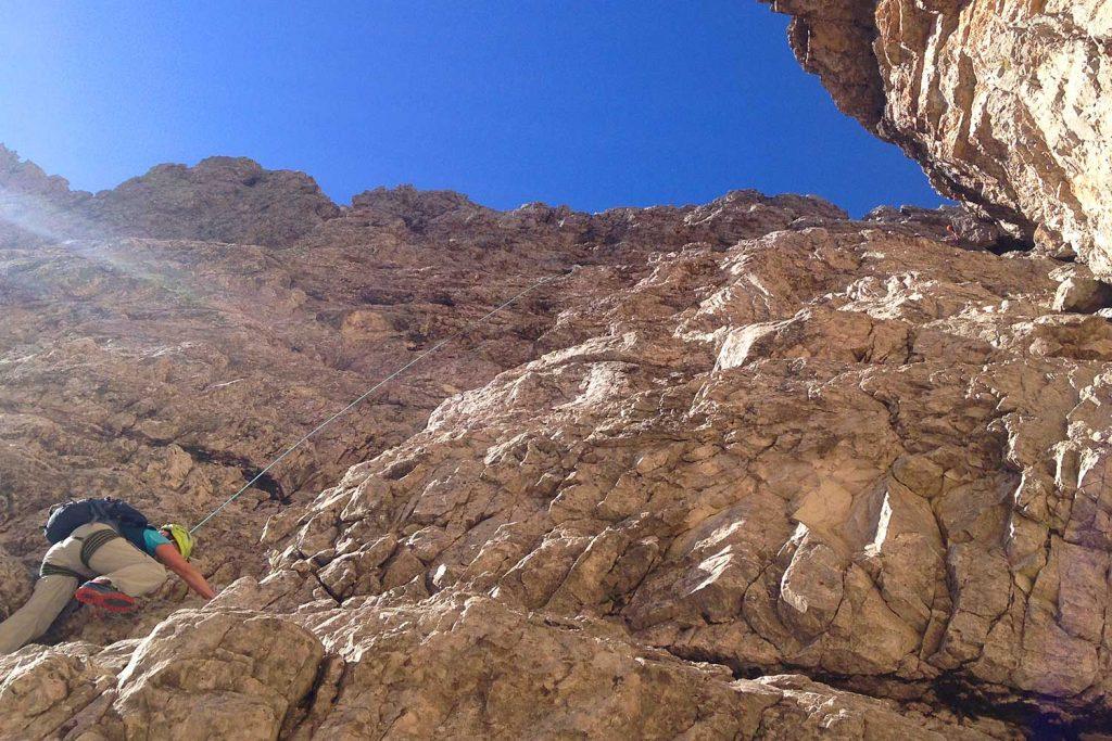 Große-Zinne-Normalweg-mit-Bergführer---An-der-ersten-Steilstufe