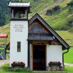 Stubaier-Alpen---Wilder-Freiger,-Wilder-Pfaff-und-Zuckerhütl---Kapelle-an-der-B´suchalm