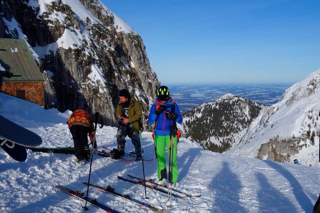 Skitechnik-meets-Tiefschnee---Start-am-Wendelstein