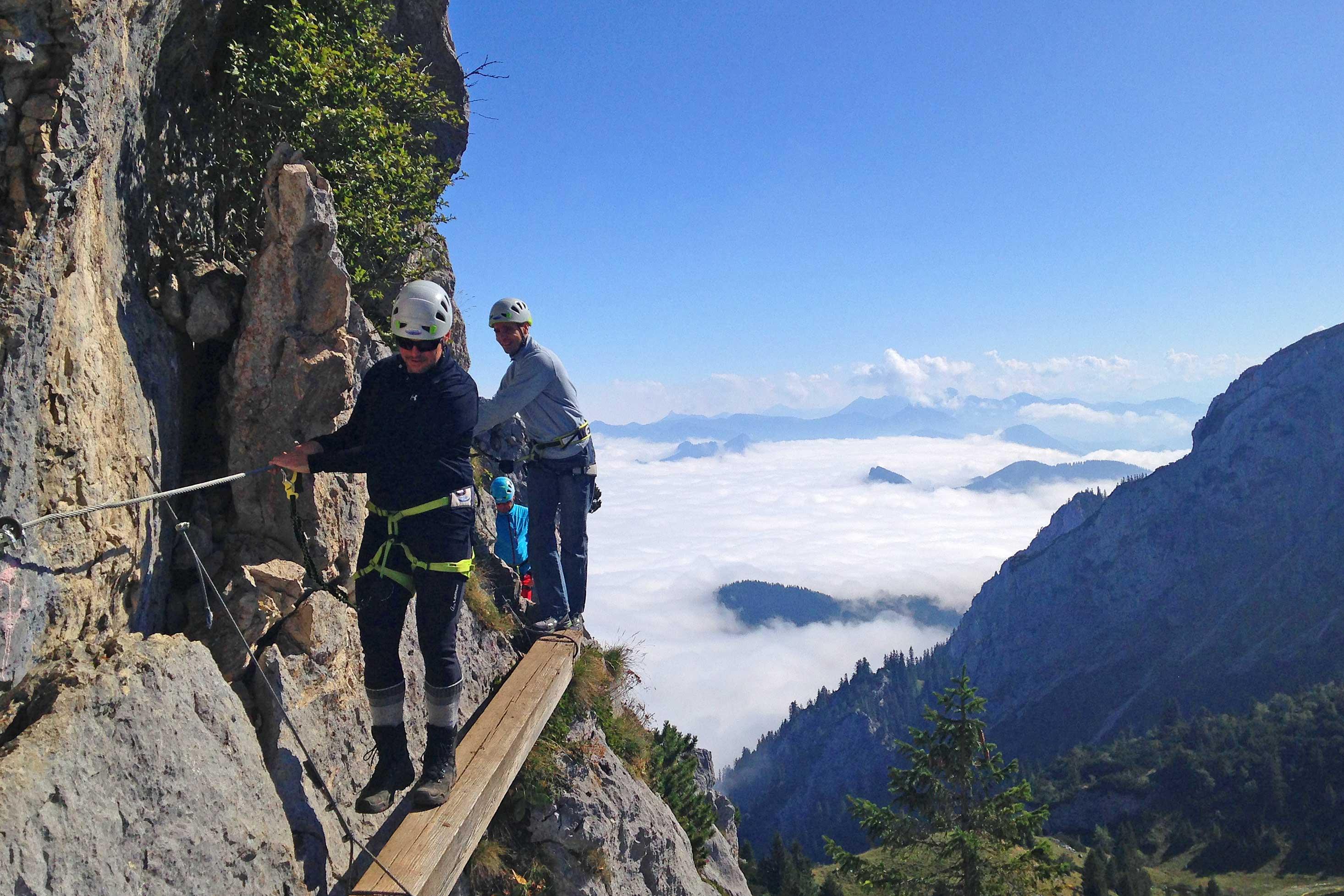Teambuilding---Zwischen-Bergseil-und-Spaß---Klettersteig