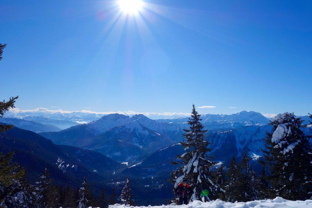 Freeridesafari---Blick-zum-Alpenhauptkamm