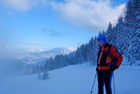 Schneeschuhgehen---Mit-Ausblick-ins-Chiemgau