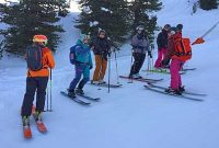 Skitechnik-meets-Tiefschnee-Techniktraining-auf-der-Piste