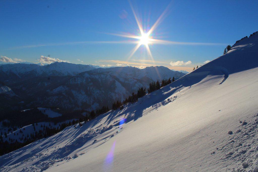 Skitour-Bayerische-Alpen---Ausblick-Spitzingseegebiet