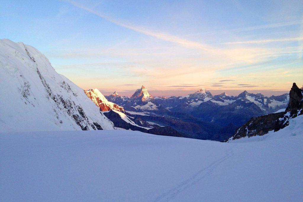 Spaghetti-Runde---Am-Grenzgletscher-mit-Blick-zum-Matterhorn