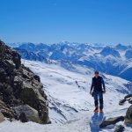 Silvretta-Durchquerung---Skitour-am-Skidepot-in-der-Buinscharte