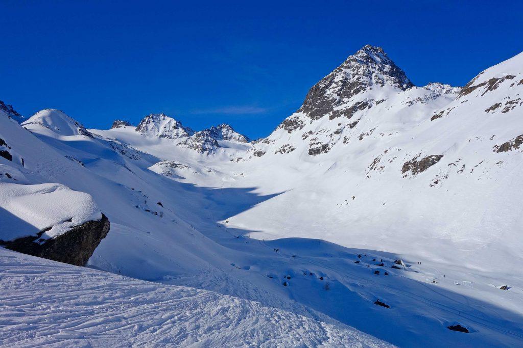 Silvretta-Durchquerung---Skitour-zur-Dreiländerspitze