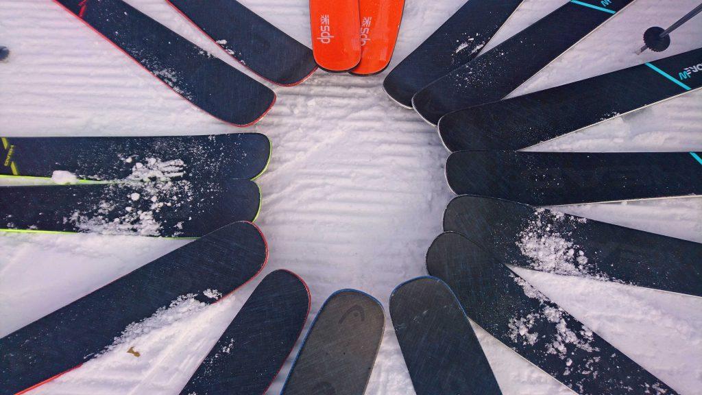 Snow-Emotion-Skischule---HEAD-Kore-Ski