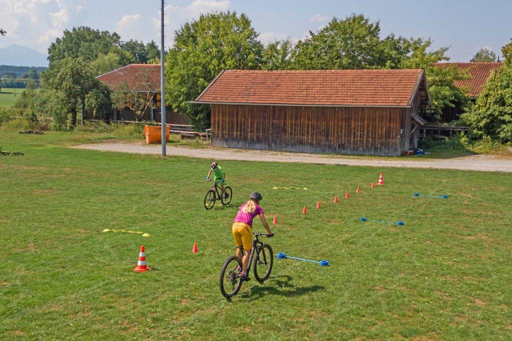 Mountainbike-Fahrtechnikkurs--Übungsparcours