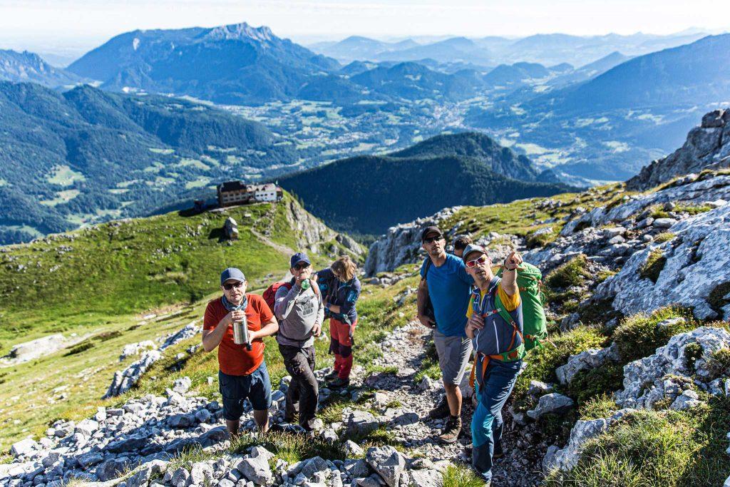 Wanderung----Watzmann-König-der-Berchtesgadener-Zustieg-zum-Hocheck